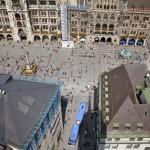 Bus enters Marienplatz