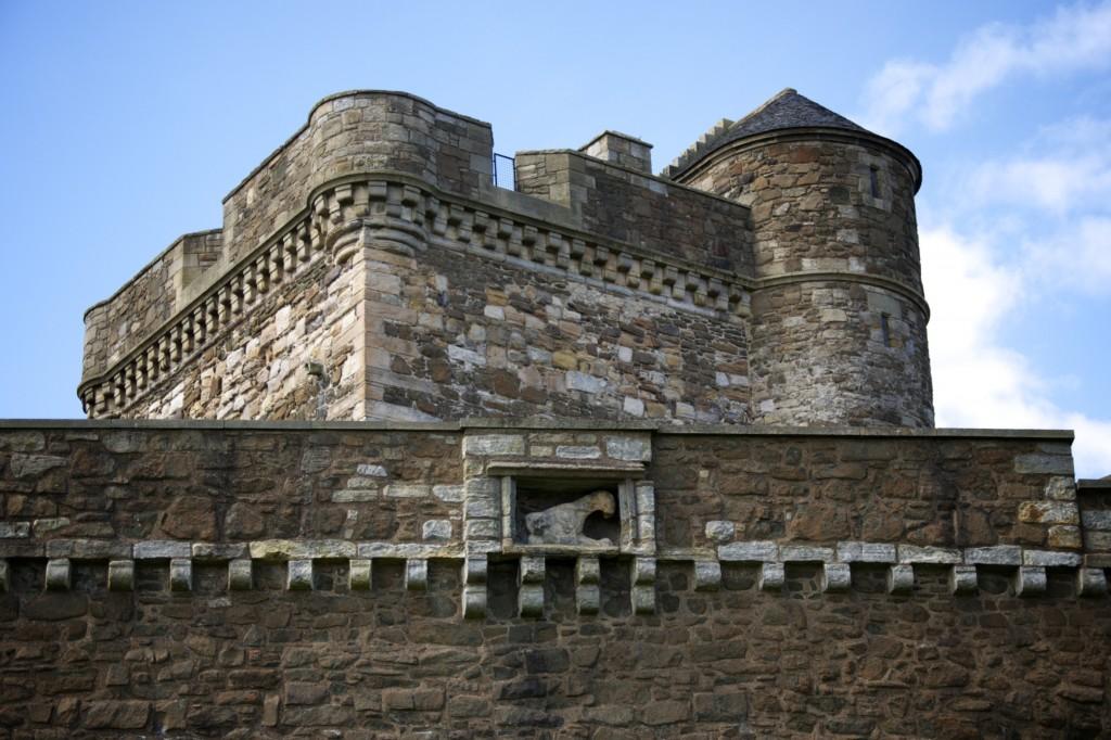 Curtain wall and Main Mast Tower (Blackness)